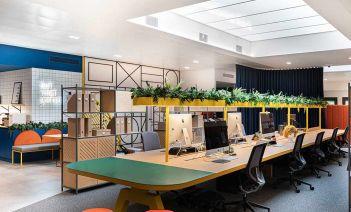 Una oficinas que invitan a la creatividad con sus colores y su frescura