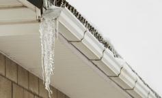 Recomendaciones para evitar accidentes por sobrecarga de nieve y hielo