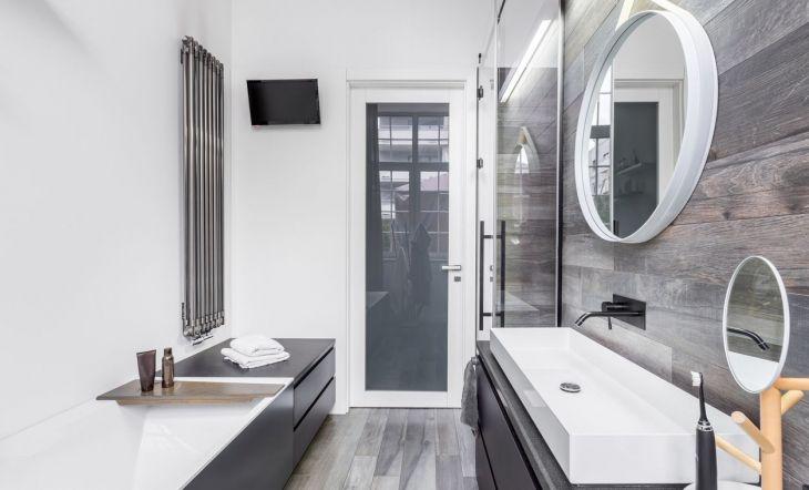 Consejos para conseguir que tu baño parezca más grande y luminoso