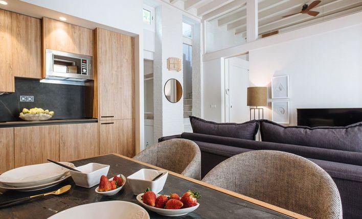 Materiales nobles, calidad y sobriedad en los apartamentos 'Relator', en Sevilla