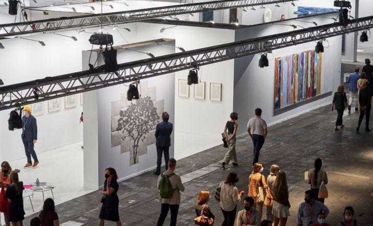 ARCOmadrid cumple su objetivo: más de 20.000 profesionales han visitado la Feria con el triunfo de la calidad artística