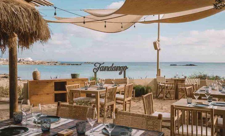 Desconexión, naturaleza y sabor se dan la mano en 'Fandando Formentera'