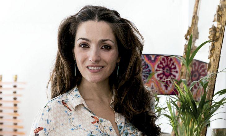 Beatriz Silveira en su estudio Batik Interiores