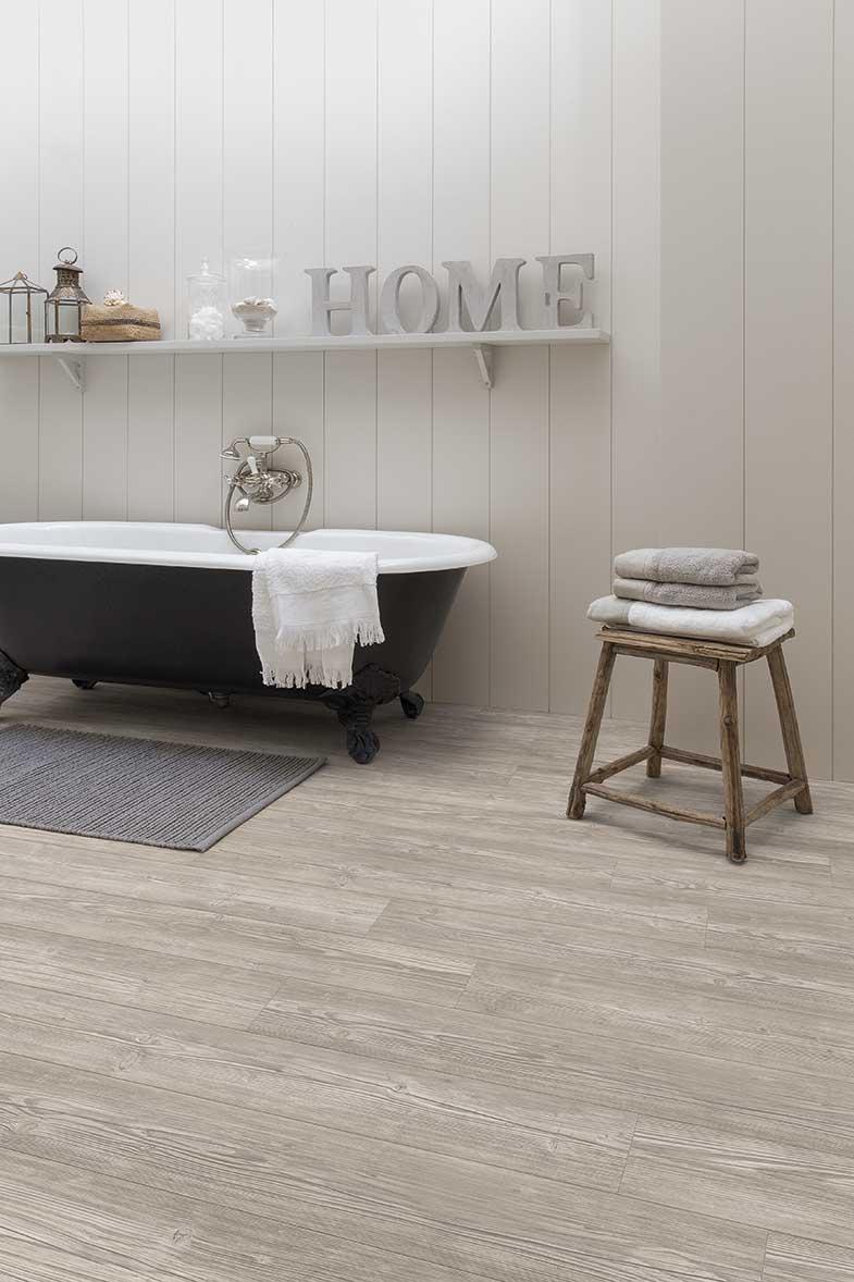 Reforma tu baño sin obras. Apúntate a los suelos de vinilo