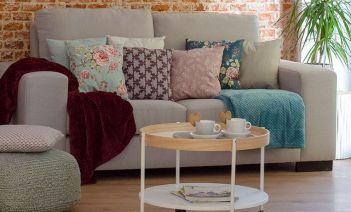 R de room redecora la zona del sofá