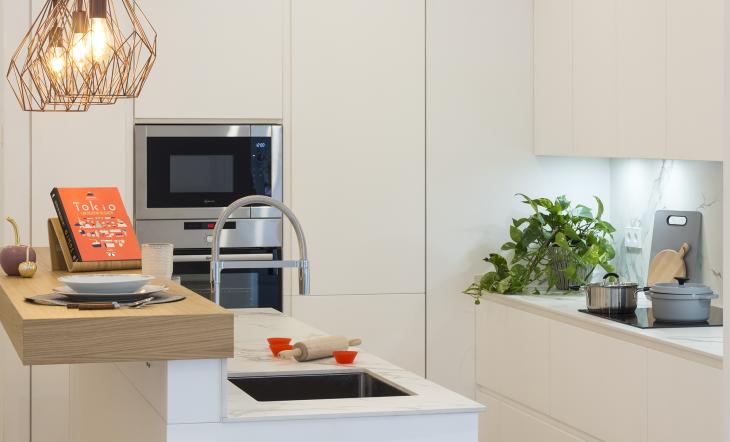 ideas para decorar una cocina coqueta y práctica