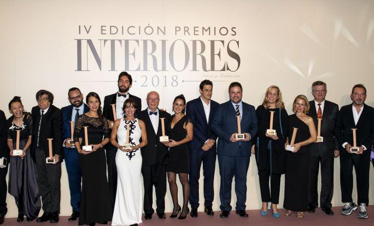 Foto de familia de todos los premiados de la IV Edición de los Premios Interiores