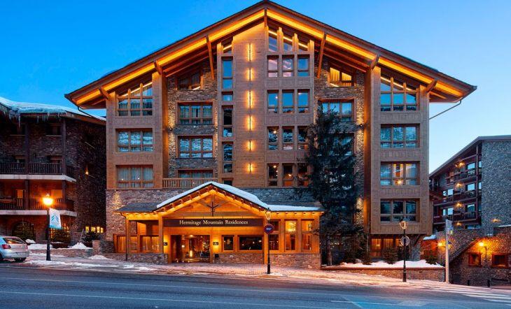 La reforma hotel Pirineos