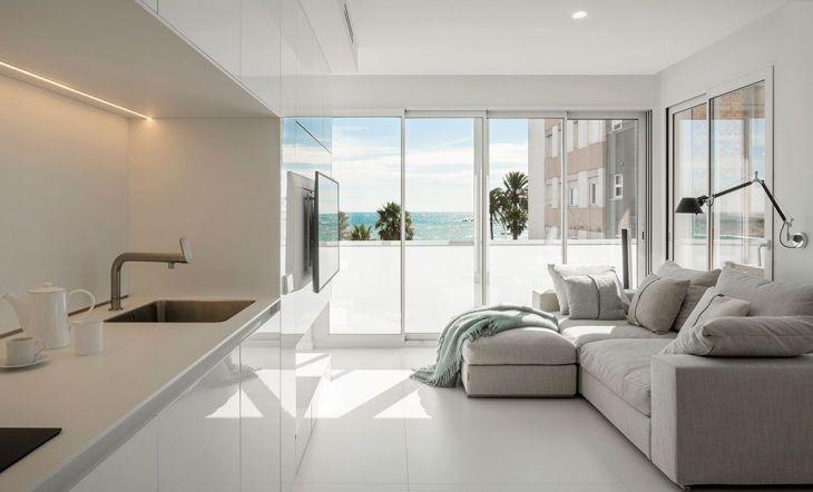 Suite de hotel con vistas al mar