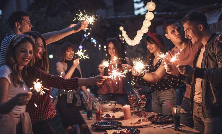 Cómo Organizar Y Decorar Una Fiesta En La Terraza Y No M