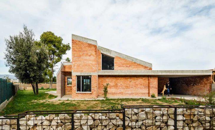 Descubre Casa Almudena entre los viñedos del Baix Penedès. // Autor: Marcela Grassi