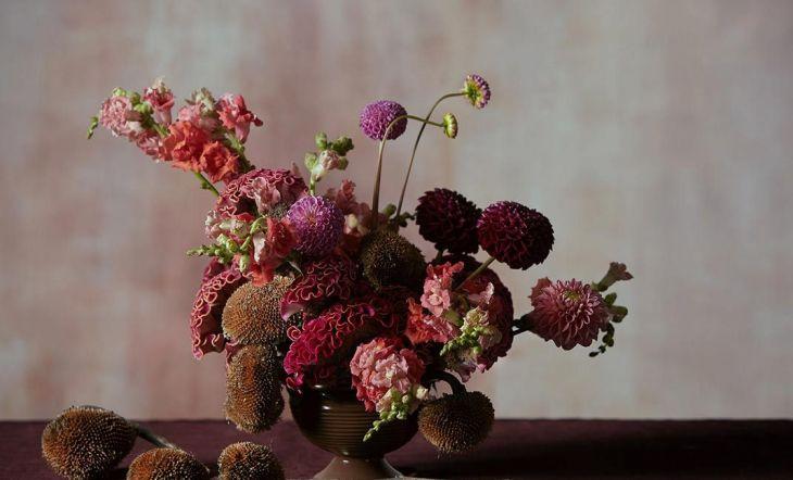 Crea tus propios arreglos florales y consigue una casa de lo más navideña
