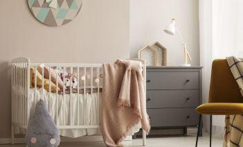 Cómo diseñar una habitación de género neutro para tu bebé