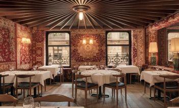 Interiores del restaurante Quinze Nits