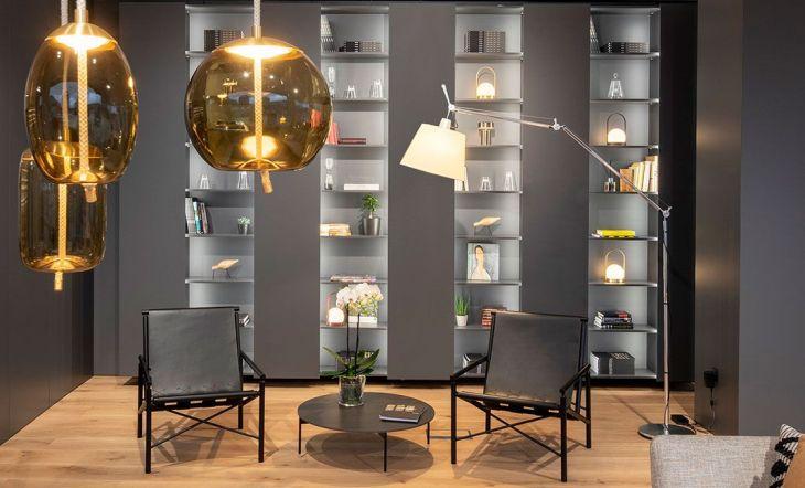 La nueva era de las estanterías modulares que conectan espacios multifuncionales